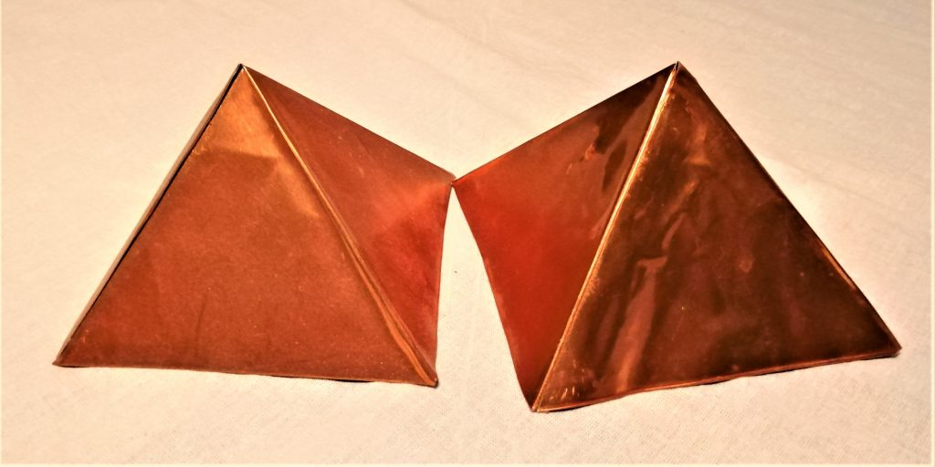 piramidi rame esoterismo alimenti purificazione energia energizzare Cheope scala numero aurico Reiki cristalloterapia corso on line