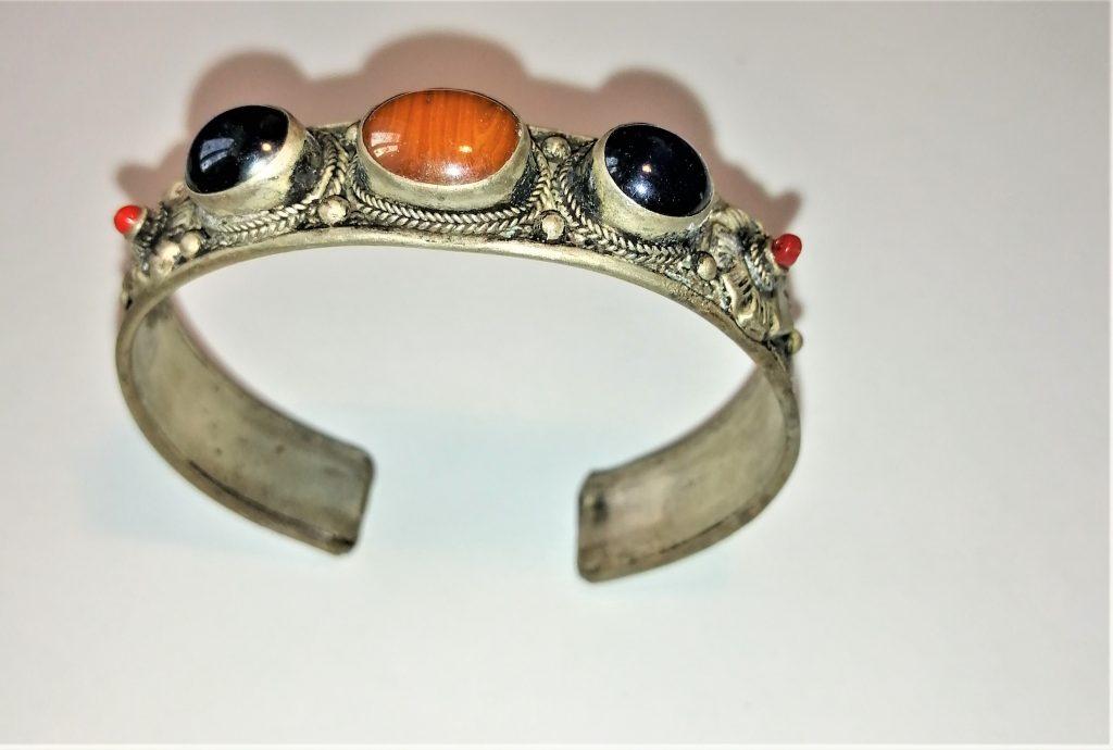 bracciale Tibet rigido corallo diaspro ametista metallo